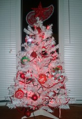 Our Red Wings Christmas Tree...Merry Christmas!  GO WINGS!!